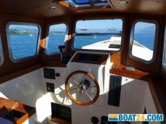 Northshore Yachts Fisher Potter 25