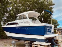 Bayliner Discovery 246 Hardtop