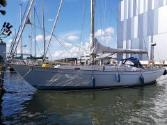 Laurent Giles 38 Sailing Yacht