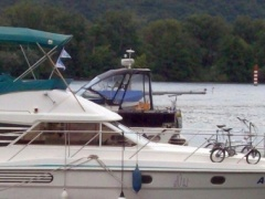 Fairline Phantom 37 Flybridge Yacht