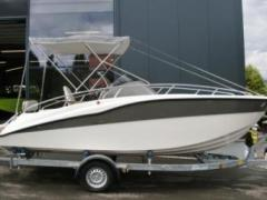 Clear Aries Cabin - Version Deluxe Suisse Bateau de sport