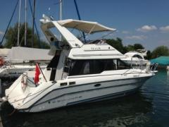 Bayliner 3058 CIERA Flybridge Cruiser Yacht
