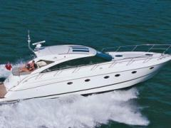Princess V53 Deck Boat