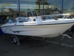 Ranieri International REVOLUTION Bateau de sport