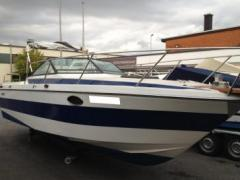 Regal 250 Vrs Cuddy Cabin