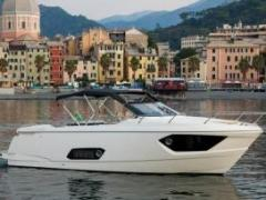 Absolute 40 STL Flybridge Yacht