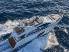 Absolute 64 Fly Flybridge Yacht
