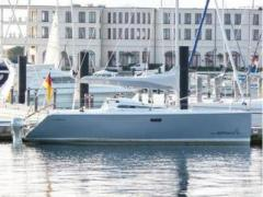 Raptor 26 Sport Hh Design Day Sailer