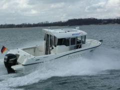 Quicksilver Captur 755 Pilothouse Pilotina