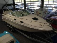 Sea Ray 255 Sundancer Daycruiser