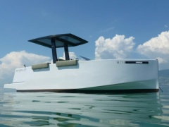De Antonio Yachts D23 Open Day Cruiser