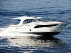 Marex 375 Hard Top Yacht