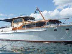 Swiss Craft Sedan Express Cruiser 12.00 m Bateau à moteur
