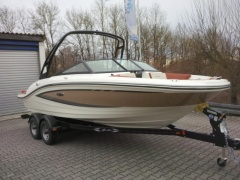 Sea Ray 19 SP X Wake Trailer Paket Sportboot