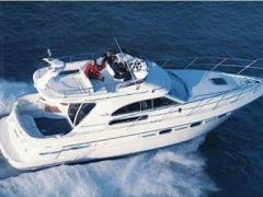 Sealine F360 Flybridge Yacht