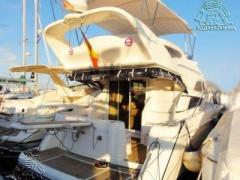 Fairline Phantom 38 Flybridge Yacht