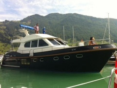 LOON 50 Fly Motoryacht
