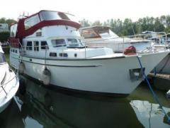 De Boarnstream Tak Flybridge Yacht