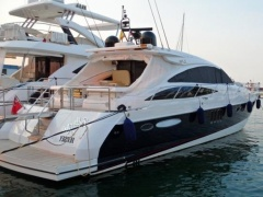 Princess V 65 Hard Top Yacht