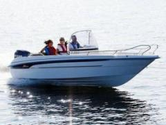 Yamarin 61 Center Console Deck Boat