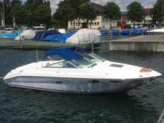 Sea Ray 220 Sport Boat