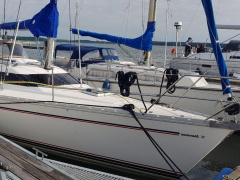 Jeanneau Sun Dream 28 Sailing Yacht