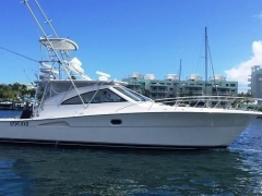 Riviera Sportfish Offshore Express4300 Yacht a Motore