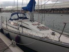 Bénéteau First 305 Lifting Keel Yacht a Vela