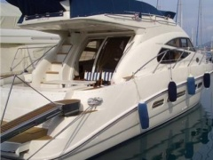 Sealine 42-5 Fly Flybridge Yacht