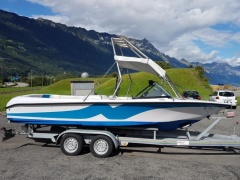 Correct Craft Nautique Motorboote Wakeboard / Water Ski