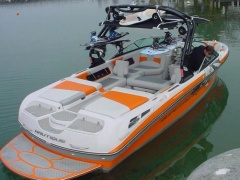 Correct Craft Super Air Natique 230 Wakeboard / Ski nautique