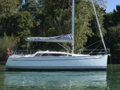 Sunbeam 30.1 Sailing Yacht