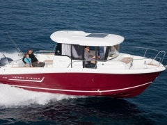 Jeanneau Merry Fisher 755, Marlin Pilotina
