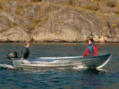 Linder 400 Sportsman mit 15 PS Speedboot
