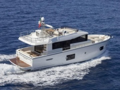 Cranchi Eco Trawler 53 Long Distance (2018)IPS Flybridge Yacht