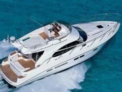 Sealine 42 Fly Flybridge Yacht