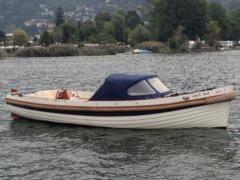 Interboat 25 Ponton-Boot