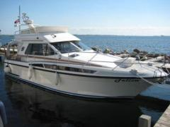 Adler Storebro Royal Cruiser 380 Bscay M Flybridge Yacht