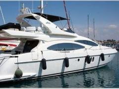 Azimut 68 Plus Flybridge Yacht