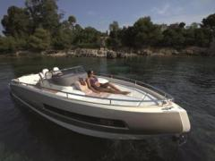 Invictus yacht 280 GT Barco deportivo