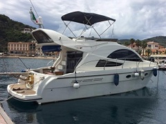 Rodman 38 Cruiser Flybridge Yacht