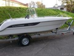 Crescent 565 SCC Mickey Deck Boat