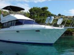 Bayliner 3688 Fly Flybridge Yacht