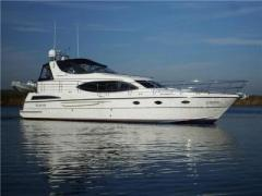 Broom 50 Flybridge Yacht