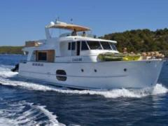Bénéteau 52 Swift Trawler Flybridge Yacht