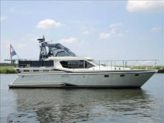 Reline 41 SLX Exclusive Flybridge Yacht