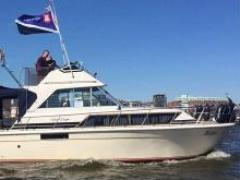Chris Craft 33 Fly Sedan Motoryacht