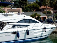 Fairline Phantom 40 Flybridge Flybridge Yacht