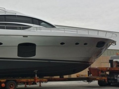 Pershing 74- Model 2013 Yacht a Motore