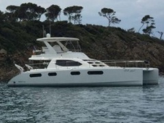 Robertson And Caine Leopard 47 Power Catamaran